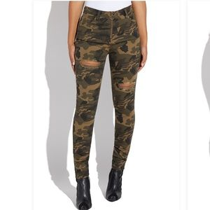 Camo print jeggings